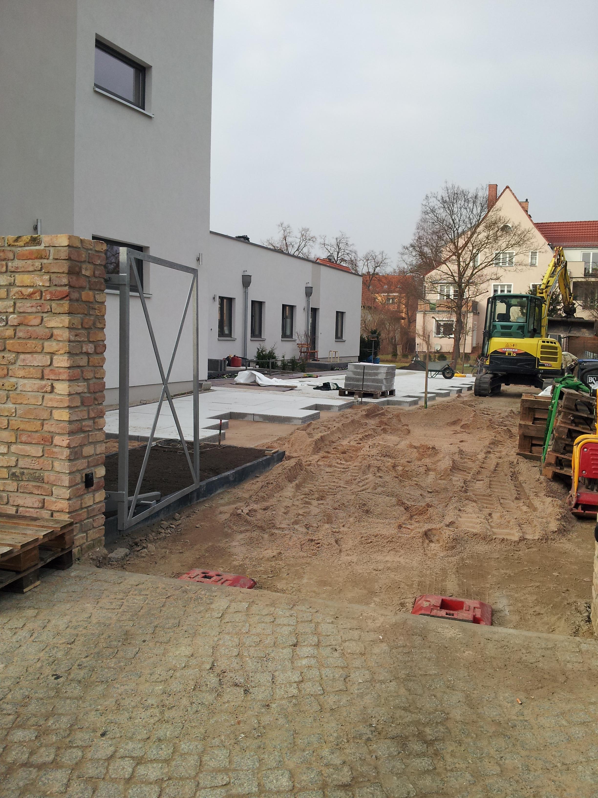 Steinwegebau Vorher !!!!! Eichhorn_20140227_142245